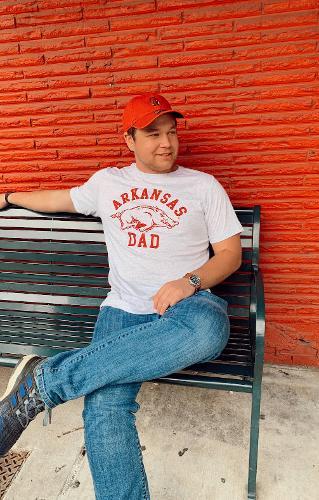 "Arkansas Razorbacks Men's ""Arkansas Dad"" Short Sleeve Tee- White Fleck Triblend"