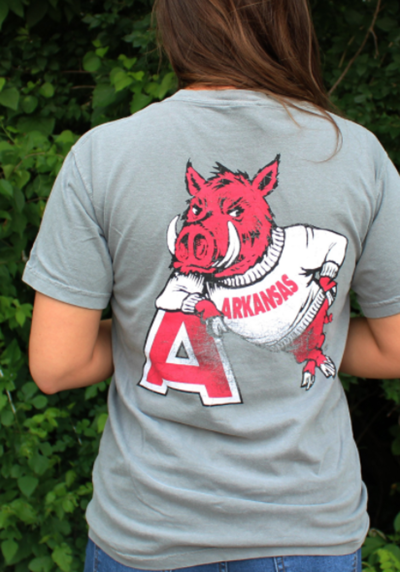 Image for Arkansas Razorbacks Comfort Color Hog Leaning on A Tee- Grey