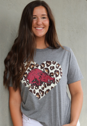 Arkansas Razorbacks Women's Leopard 80's Hog Short Sleeve Tee- Grey