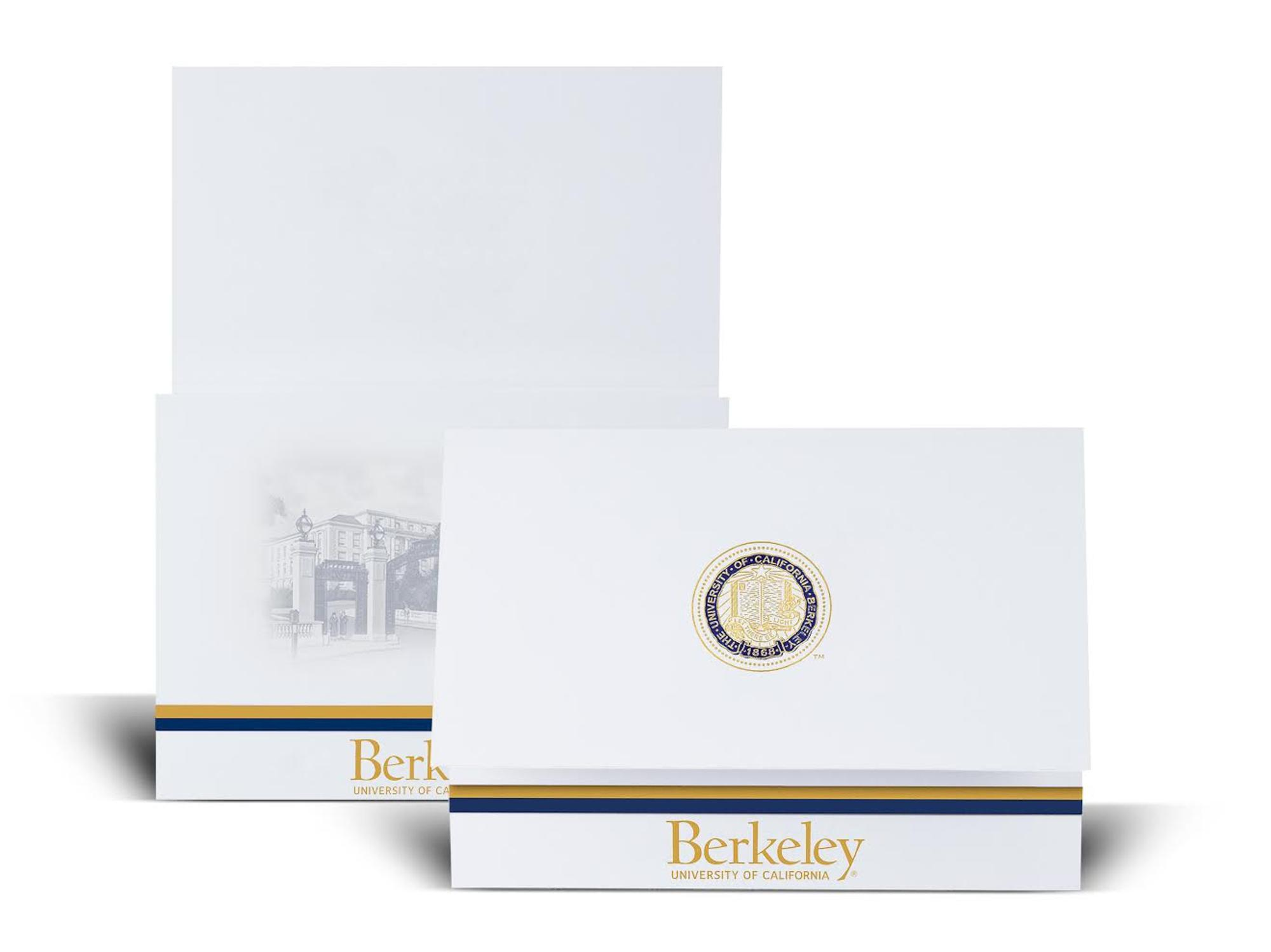 image of: Graduation Announcements 10 pack (Generic)